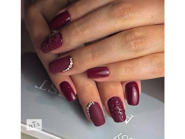 Наращивание ногтей бордовые