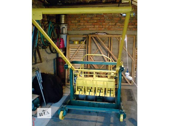 бу Машина, вибропресс для изготовления шлакоблоков в Полтаве