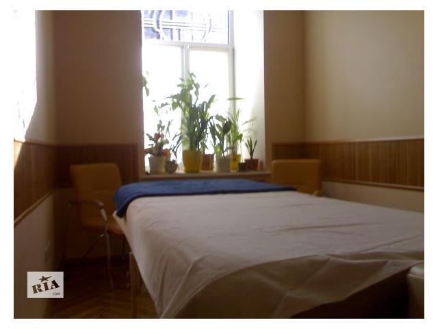бу Массаж лечебный,  центр города в Одессе