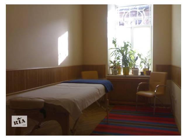 купить бу Массаж лечебный, центр города в Одессе