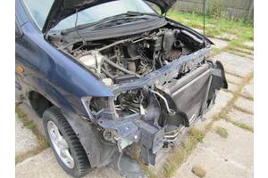 Четверть автомобиля Mazda MPV