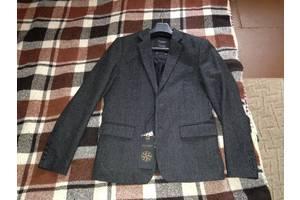 Новые Мужские пиджаки Pull & Bear
