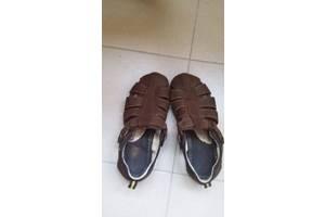 б/у Мужские сандалии Mida
