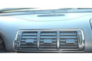 Новые Воздуховоды обдува стекла Mercedes ML-Class