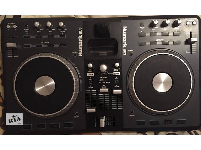 продам MIDI контроллер Numark iDJ3 бу в Запорожье