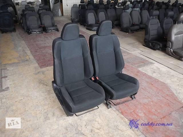 продам Mitsubishi Lancer - передние сиденья бу в Киеве