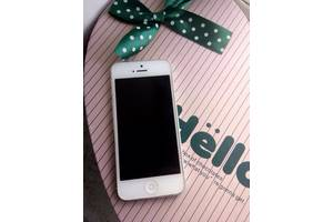 б/у Мобильные для девушек Apple Apple iPhone 5