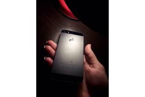 б/у Смартфон Apple Apple iPhone 5
