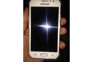 б/в Мобільні для дівчат Samsung Samsung Galaxy J1 SM-J110H/DS