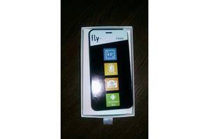 б/у Мобильные на две СИМ-карты Fly Fly FS551 Nimbus 4