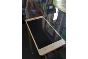 Мобильные на две СИМ-карты Xiaomi Xiaomi Redmi 3