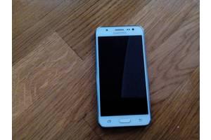 б/у Сенсорні мобільні телефони Samsung Samsung Galaxy J5