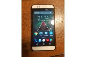 б/в Мобільні телефони, смартфони Prestigio