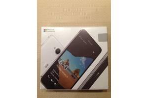 б/у Мобильные на две СИМ-карты Microsoft Microsoft Lumia 650