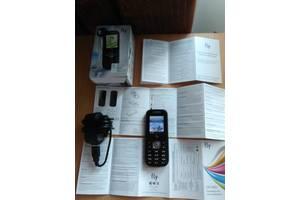 Новые Мобильные на две СИМ-карты Fly Fly E145
