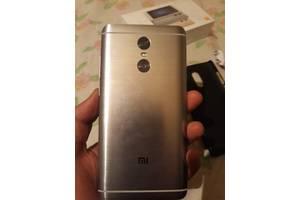 б/у Смартфоны Xiaomi Xiaomi Redmi 3 Pro
