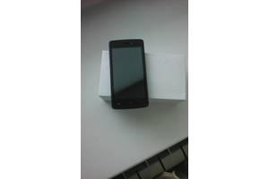 б/у Сенсорные мобильные телефоны Keneksi