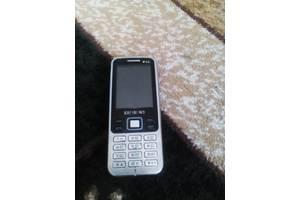 б/у Мобильные на две СИМ-карты Samsung Samsung C3322 Duos Metallic black