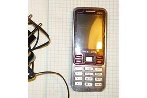б/в Мобільні на дві СІМ-карти Samsung Samsung C3322 Duos Metallic black