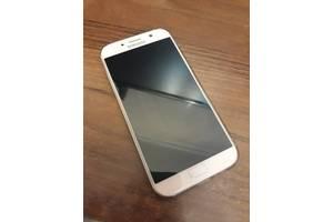 б/в Іміджеві мобільні телефони Samsung Samsung Galaxy A7