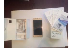 Новые Мобильные на две СИМ-карты Samsung Samsung Galaxy J5