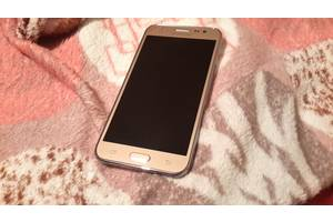 б/у Сенсорные мобильные телефоны Samsung Samsung Galaxy J5