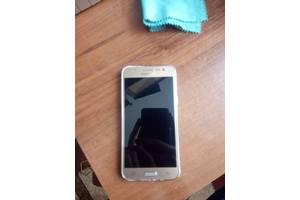 Сенсорные мобильные телефоны Samsung Samsung Galaxy J5