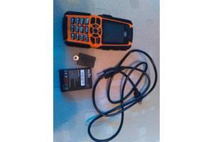 б/у Мобильные телефоны, смартфоны Sonim