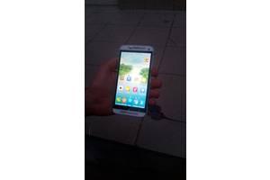 б/у Сенсорные мобильные телефоны HTC HTC One M9