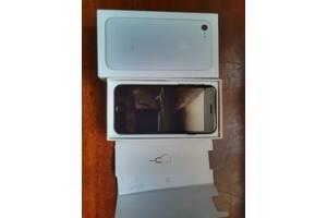 Нові Сенсорні мобільні телефони Apple iPhone 7
