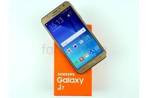 Новые Сенсорные мобильные телефоны Samsung Samsung Galaxy J7