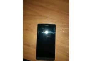 б/в Мобільні на дві СІМ-карти LG