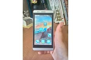 б/у Недорогие китайские мобильные Huawei