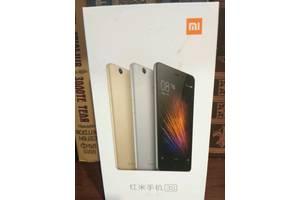 б/у Сенсорные мобильные телефоны Xiaomi Xiaomi Redmi 3 Pro