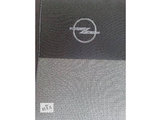 продам Модельные авточехлы до Opel Vivaro 2+1) бу в Каменец-Подольском