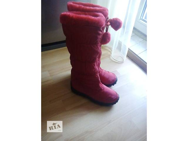 купить бу Модные стильные сапожки красные в Днепре (Днепропетровск)