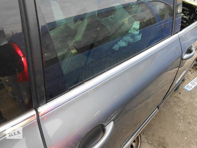Молдинг стекла Volkswagen Touareg 2.5 R5 TDI Volkswagen Touareg (Фольксваген Туарег) 2003г-2009г.- объявление о продаже  в Ровно