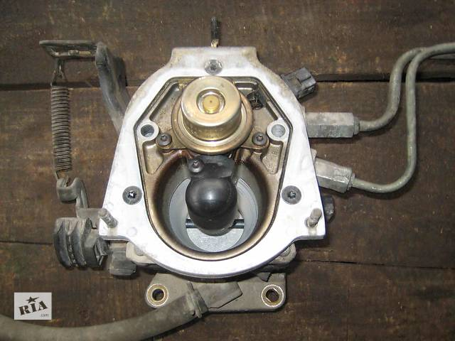 продам  Моноинжектор для легкового авто Chrysler Voyager бу в Львове