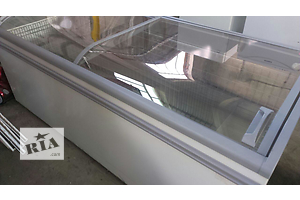 б/в Вітрини холодильні AHT