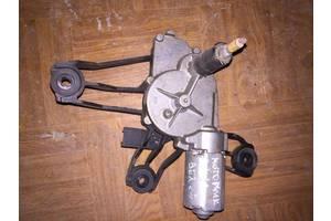 б/у Моторчик стеклоочистителя Peugeot Partner груз.