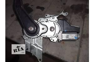 б/у Моторчик стеклоочистителя Toyota Highlander