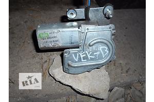 б/у Моторчик стеклоочистителя Opel Vectra B