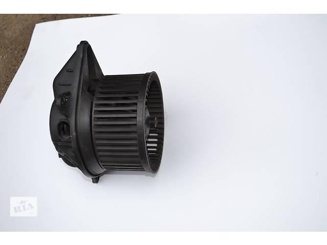 Моторчик (вентилятор) печки на Renault Trafic, Opel Vivaro, Nissan Primastar- объявление о продаже  в Ровно