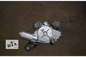 б/у Моторчики стеклоочистителя Renault Megane II