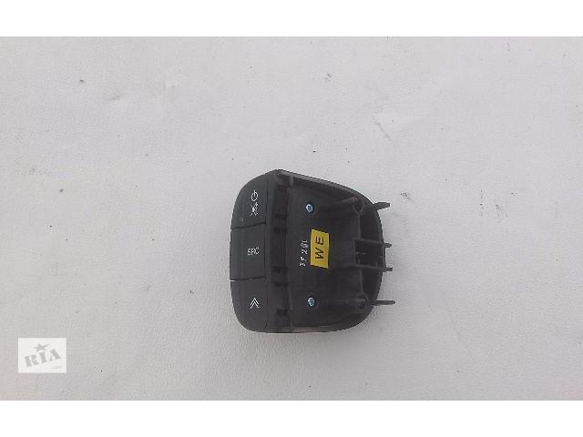 бу Блок кнопок в руль для легкового авто Chevrolet Aveo T200 T250 T255 в Тернополе