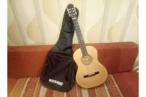 б/у Акустические гитары Hohner