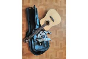 б/у Акустические гитары Washburn