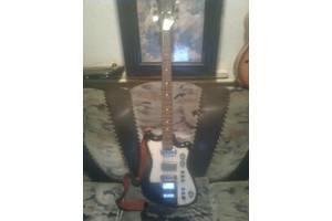 б/в Бас гітари