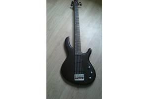 б/в Бас гітари Cortex