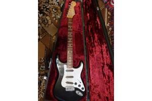 Електрогітари Fender